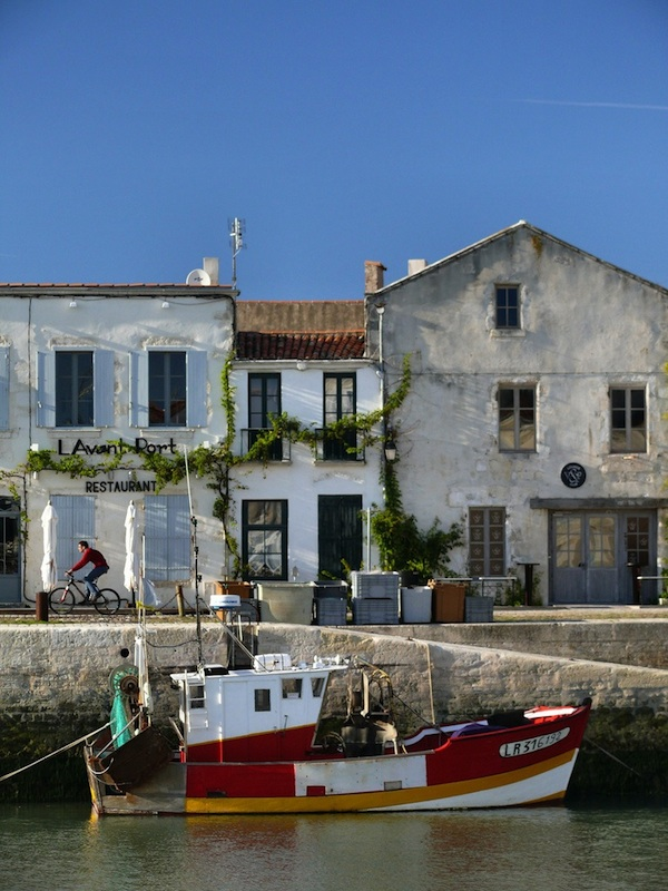 ST MARTIN DE RE HARBOUR