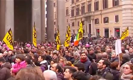 Italy: Thousands Rally in Support of Gay Civil Union Bill