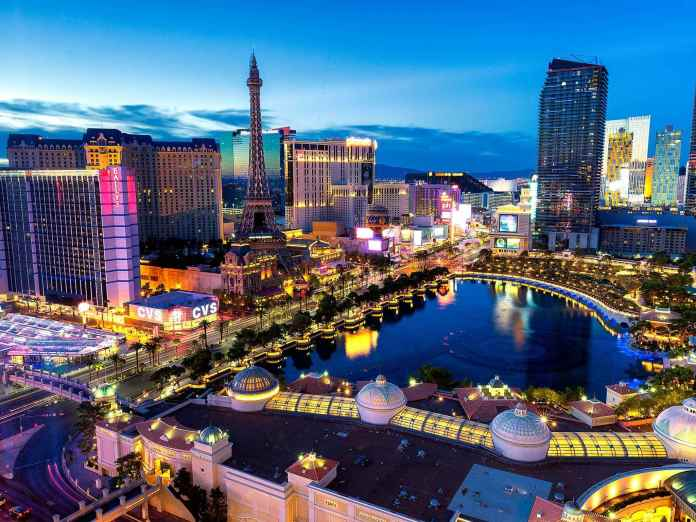 Las-Vegas-Strip | 30 Fun Free Things To Do In Vegas