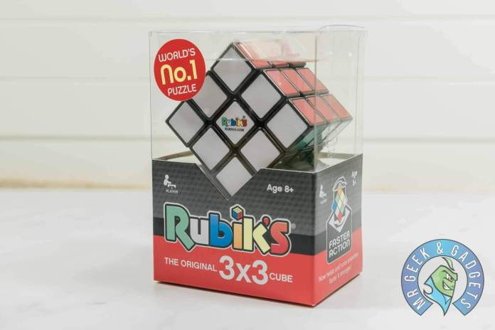 One Rubiks Cube on Its Own | How to Solve a Rubik's Cube