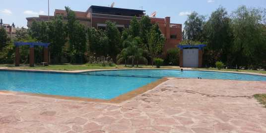 Achat d'une villa sur la route de Fes à Marrakech