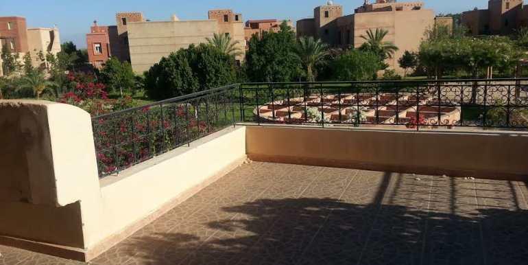 Villa Vide à Vendre sur la route de Fes Marrakech