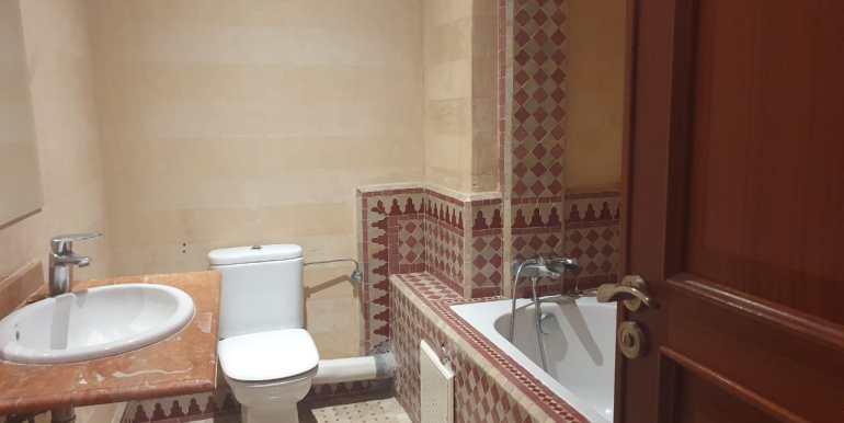 Appartement 3 chambres vide à guéliz marrakech (6)