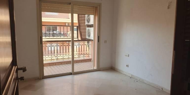 Appartement 3 chambres vide à guéliz marrakech (8)