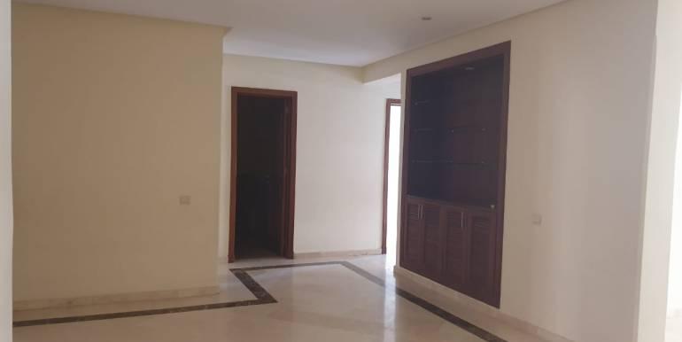 Appartement 3 chambres vide à guéliz marrakech (9)