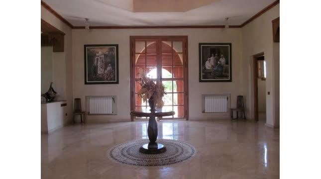 Villa à Vendre à Tameslouht route d'amizmiz-4