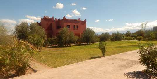Villa de luxe à vendre sur la route d'Ourika marrakech