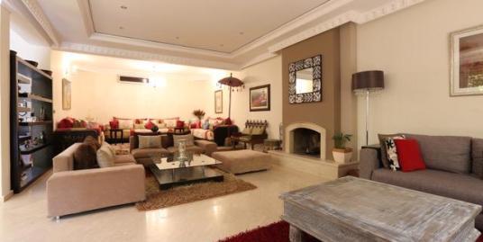 Belle villa meublée à vendre sur la Route de Casablanca