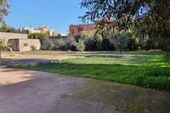 Terrain à vendre à Hay Targa. Superficie 3 000 m²