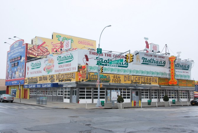 New York Coney Island Nathan Hot Dog MRJLN Simply Say Marjolein