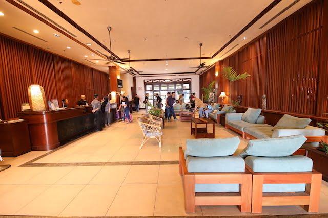 hotel review palm beach resort labuan 01