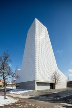 Kirchenzentrum Poing Dach und Fassade