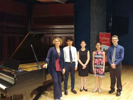 Gabriela and students