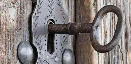 key-in-old-door29-450x221