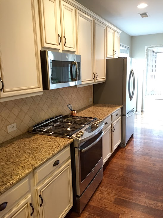 Painting Kitchen Cabinets Before Amp After Mr Painter