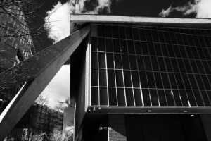 Black and white image of the Design Museum in London