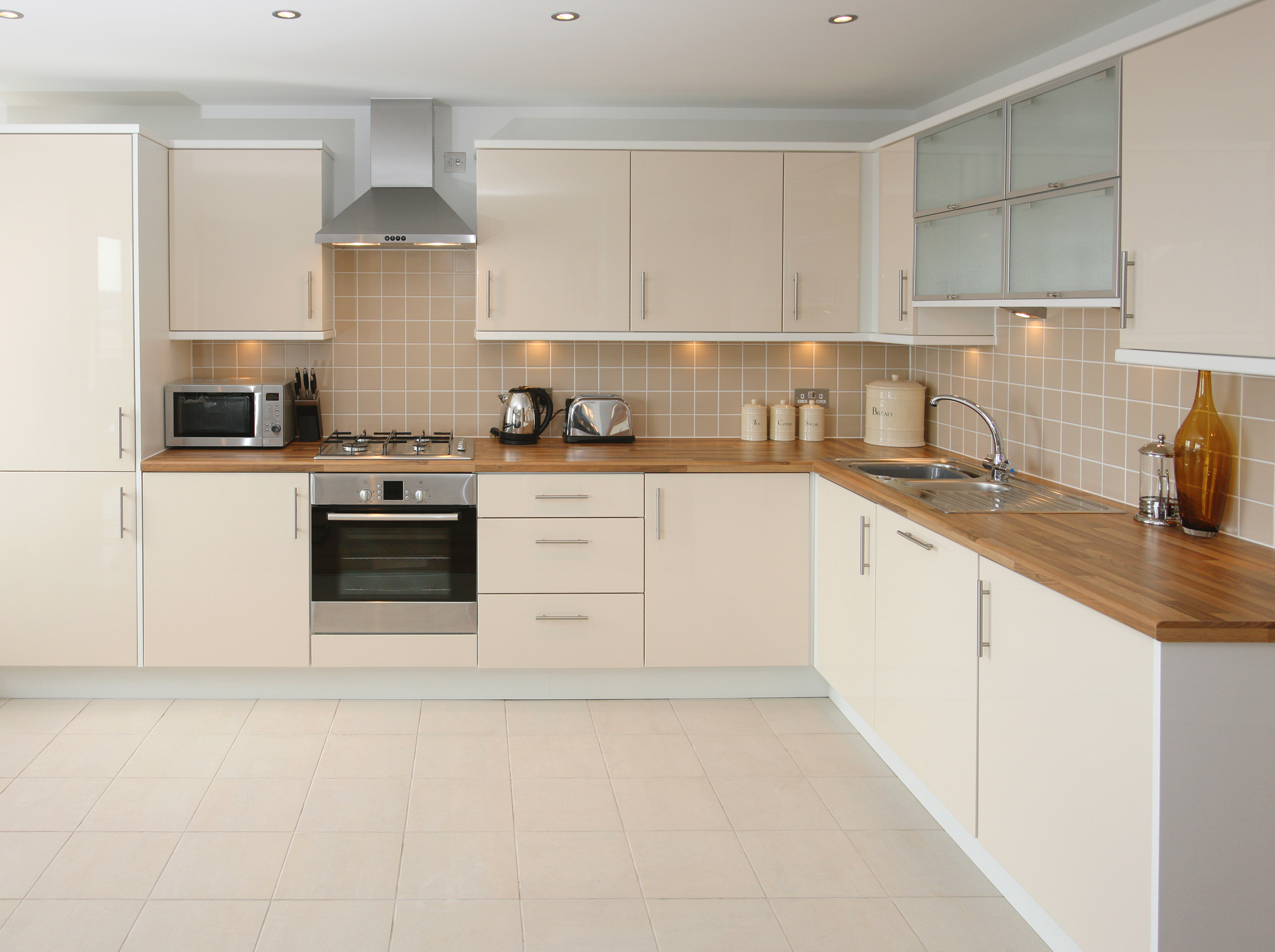 Porcelain vs. ceramic tiles: which is better? - Ideas by Mr Right