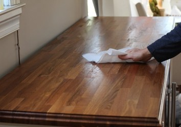 Keep the place well ventilated when you paint on a varnished wood