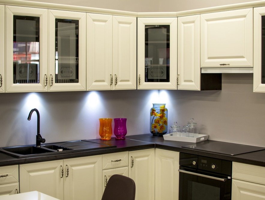 5 Things to Consider When Buying New Kitchen Cabinets