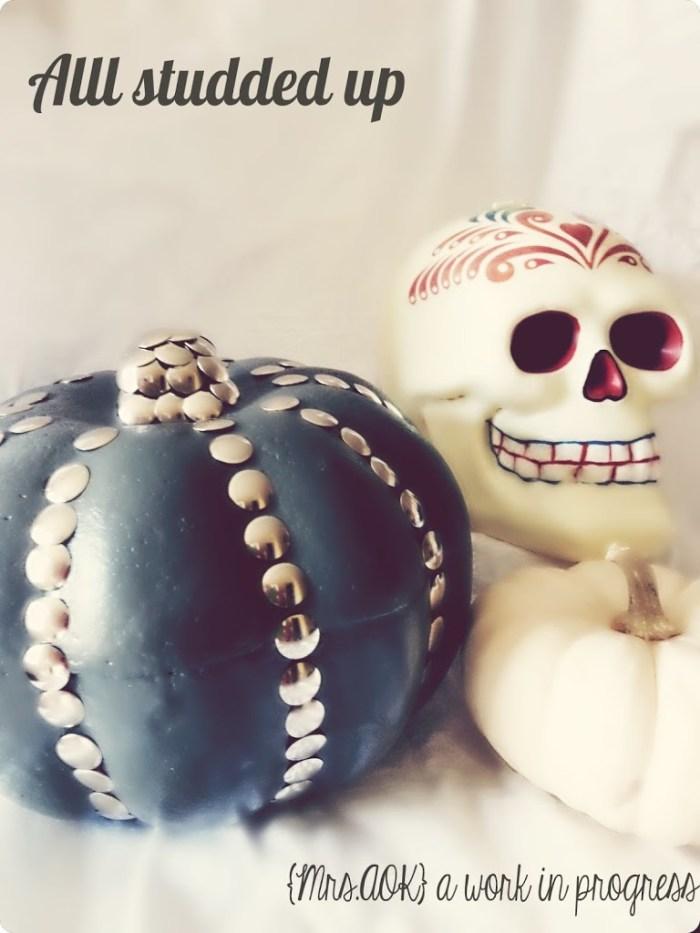 Thumbtack-Pumpkin2