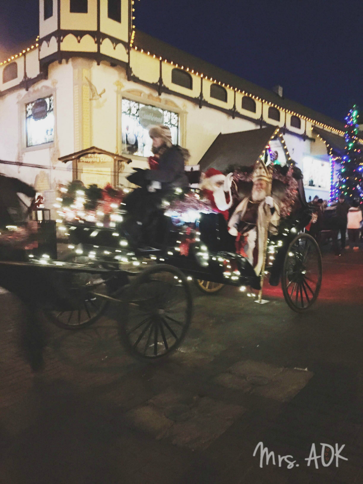 Christkindlmarket Santa Leavenworth WA