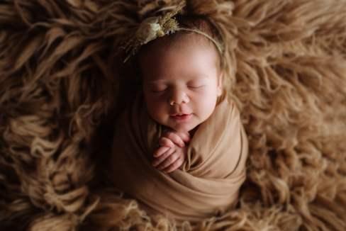 Nyföddfotografering Luna Stockholm-3