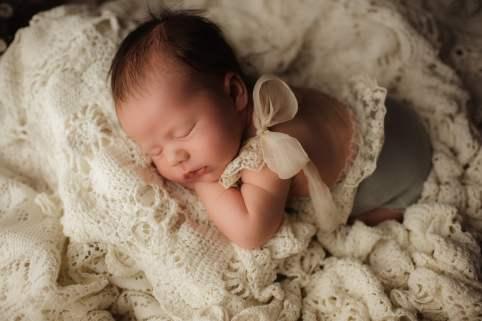 Nyföddfotografering Luna Stockholm-7