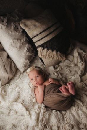 Nyföddfotografering Emma Stockholm-16