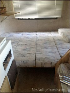 Casita-Camper-Bed-W