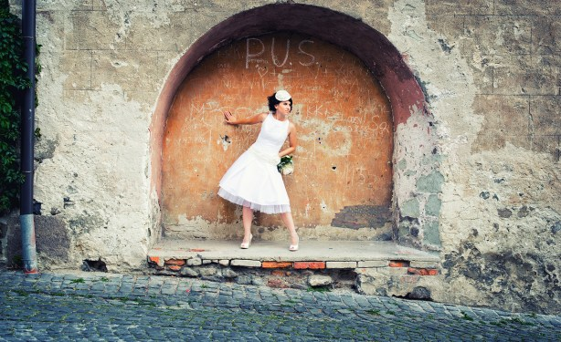 Edinburgh wedding photography by AB Weddings short wedding dress (2)