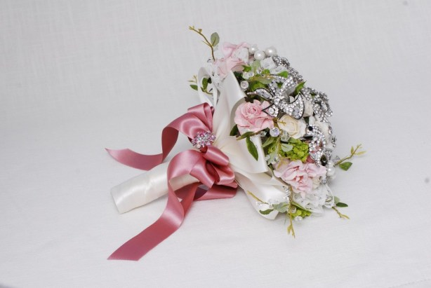 Get-Knotted.net Spring Pink and Green Bouquet -ú85 - -ú350 (2)