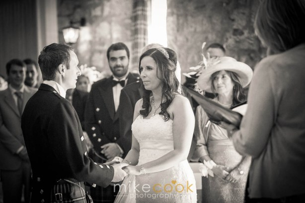 wedding_photographer_stirlingshire_culcreuch_castle_0023