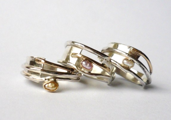 Handmade unique jewellery.  Precious Metal jewellery,  gemstone jewellery , Susanna Hanl, wedding rings, engagement rings