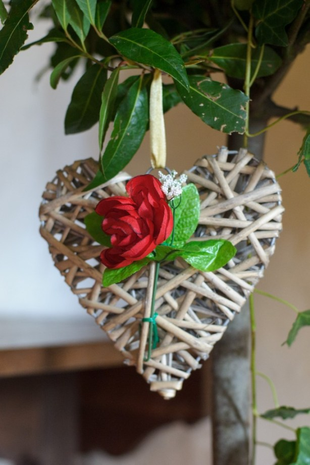Layer-Marney-Tower, Pengelly-Photography, wicker heart and red rose