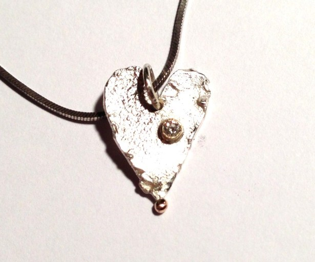 heart necklace, Handmade and unique jewellery,  Precious Metal jewellery,  gemstone jewellery , Susanna Hanl