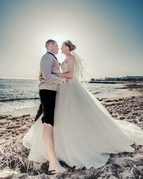 176 - Claire and Richard - Cyprus Destination Wedding photography by Pamela and Mark Pugh www.markpugh.com - 0860
