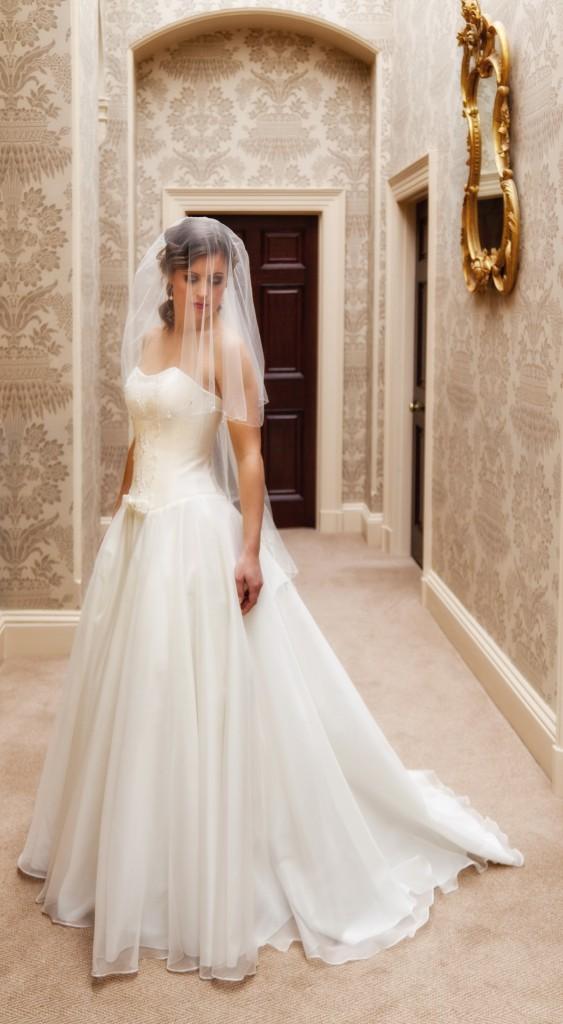 Juliet  - Love & Romance Collection - Qiana Bridal (side no jacket)