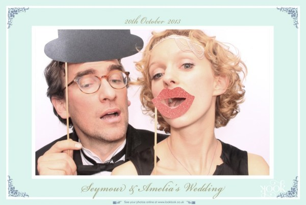 Classic-Wedding- style, look look photo booth