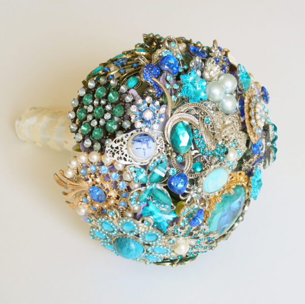 FlorioDesigns.co.uk ,Full brooch Bouquet Small