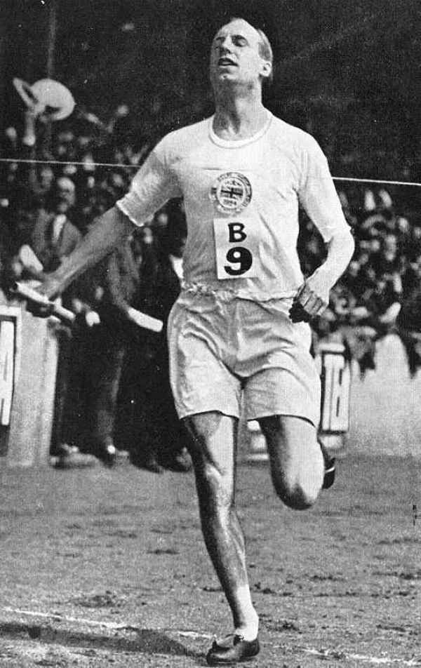 Eric Liddell, running race, MrsPandPs Sunday Morning Cuppa , commonwealth games, Wedding Blog Catch up, blog catch up