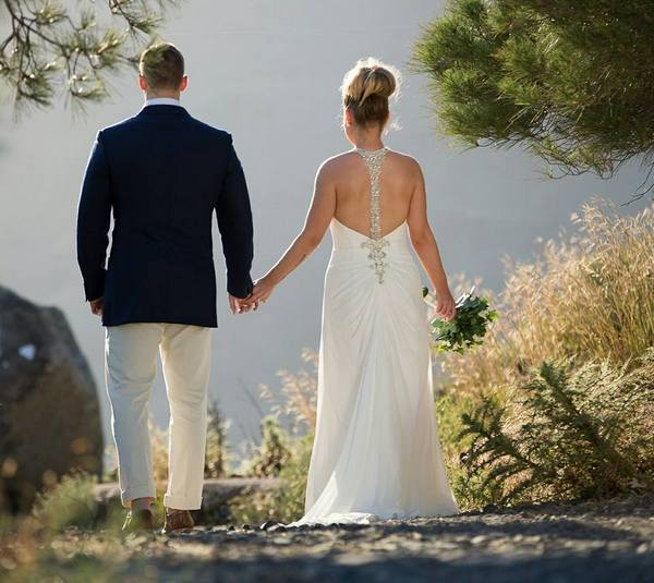 Wedding-in-Santorini-by-The-Bridal-Consultant-Jessica-Paul (12)