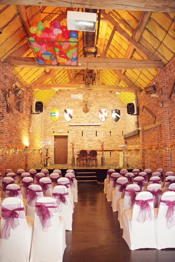 park farm barn, ceremony set up, lucy lou photography