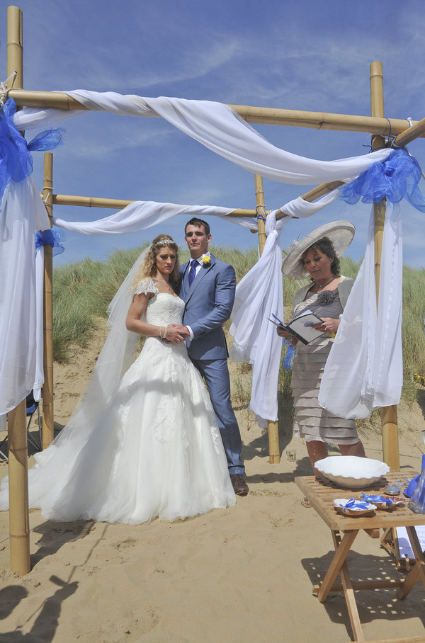 Rich page - Page Creations - Beach Wedding (40)