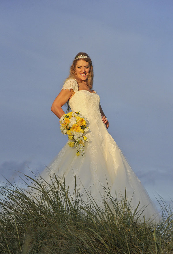 Rich page - Page Creations - Beach Wedding (75)