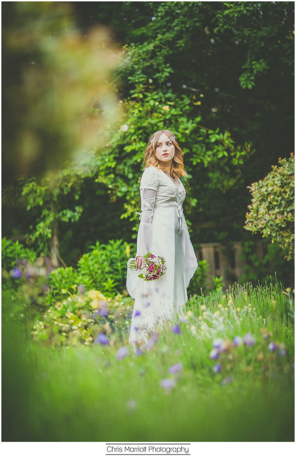 blossom-and-belle-bridal-wear-image-chris-marriot-photography (19)