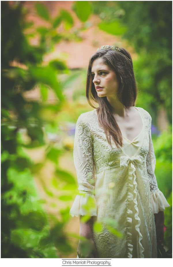 blossom-and-belle-bridal-wear-image-chris-marriot-photography (23)