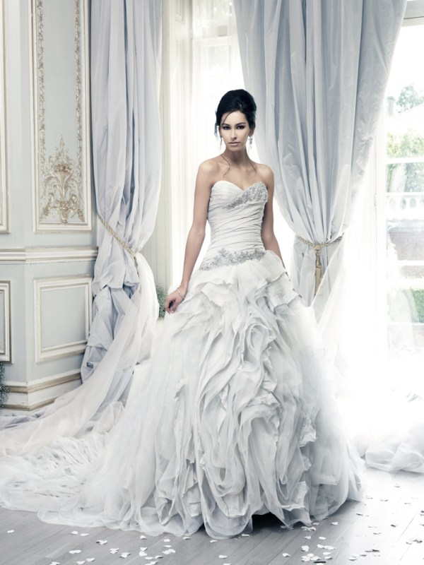 Ian-Stuart_wedding-dress, Pracatan-Dress, Bridal-Boutique