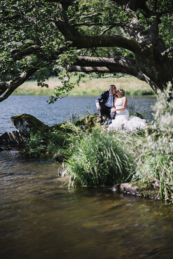 Cote-How-lake-district-wedding-intimate wedding-pronovias-wedding-dress-charlotte-mills-shoes (37)