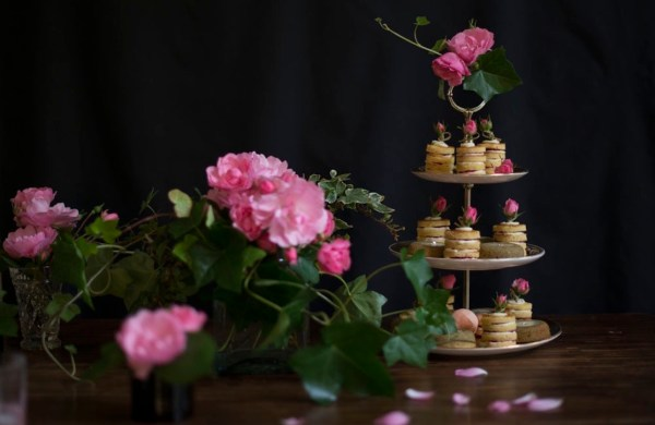 hautecakes by sonnda, rose and raspberry cake, Image -- Maja Jankowska Photography