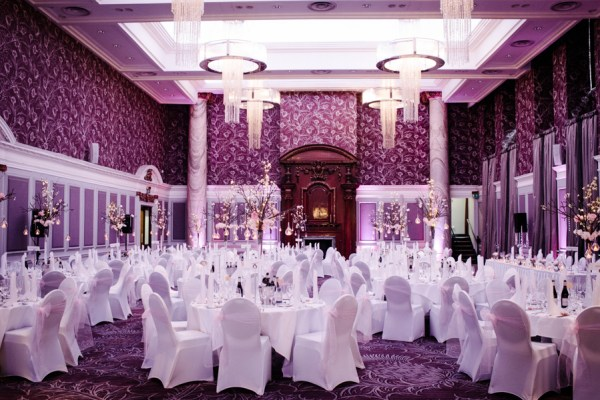 Tommy-Cairns-Photography-Augusta-Jones-Wedding-Dress-Grand-Central-Hotel-Glasgow-Pink-and-Cream-Palette-Glasgow-Wedding (35)